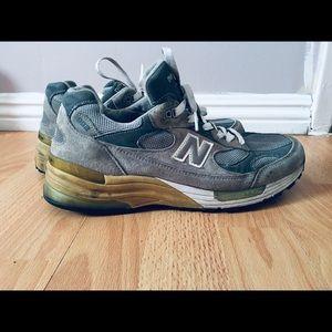 New balance retro shoes 992